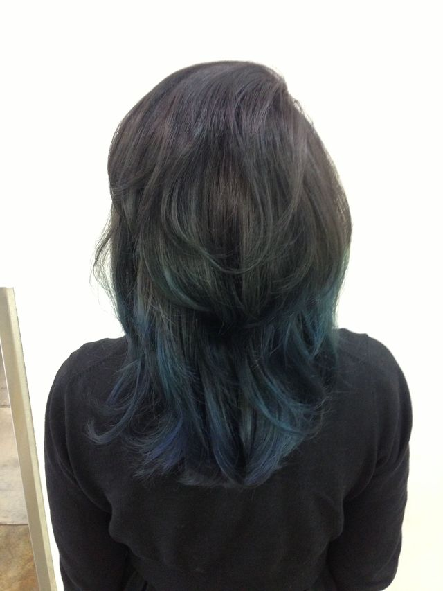 black to navy ombre