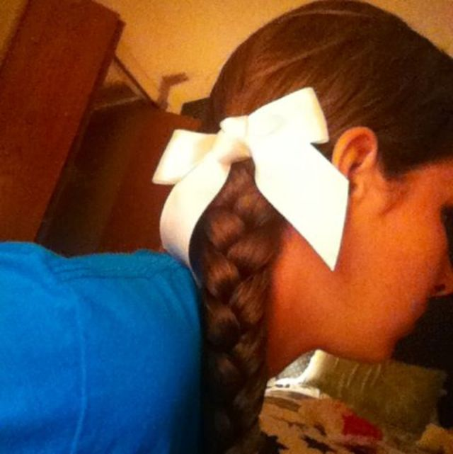 bow with braid