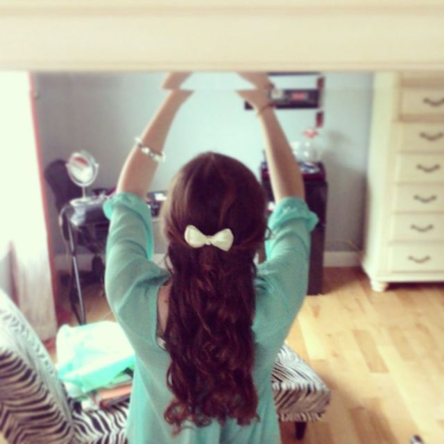bows and curls