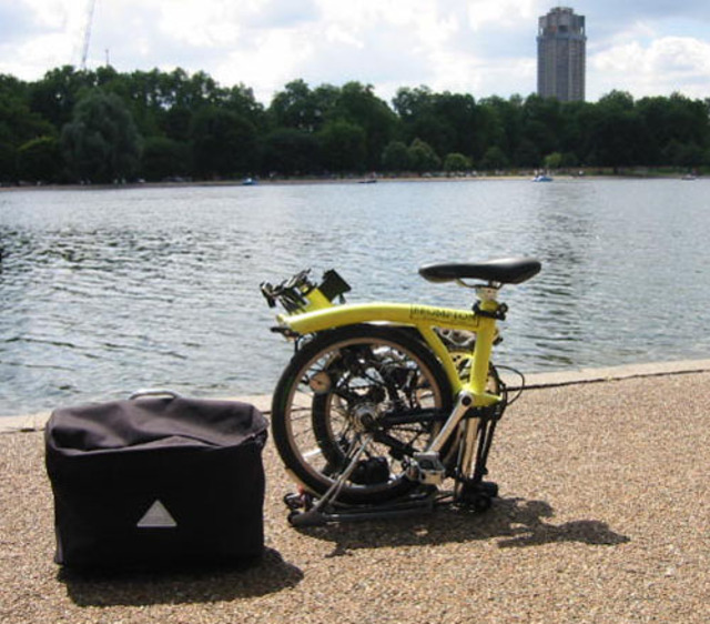 brompton-bike_folded-neo