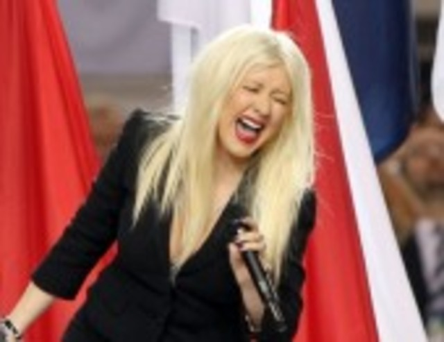 christina-aguilera-national-anthem