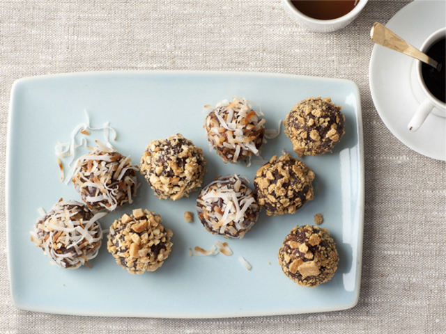 No Bake Chew Truffle Cookies