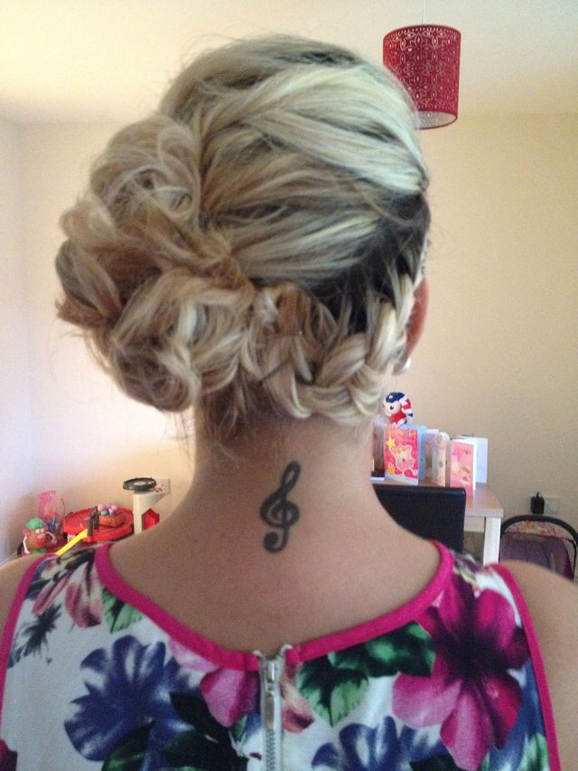 creative up-do