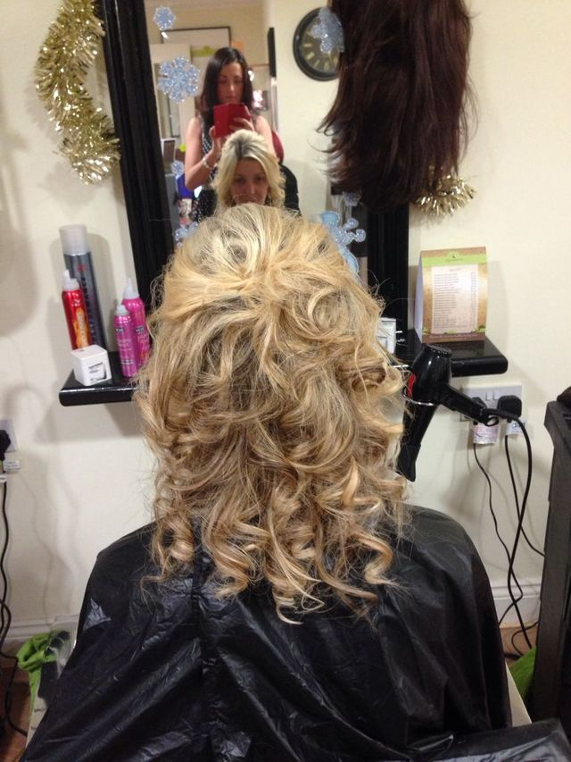 curls pinned