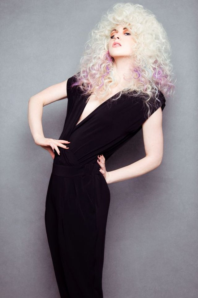 curly/frizz blond long lilac/blue pieces