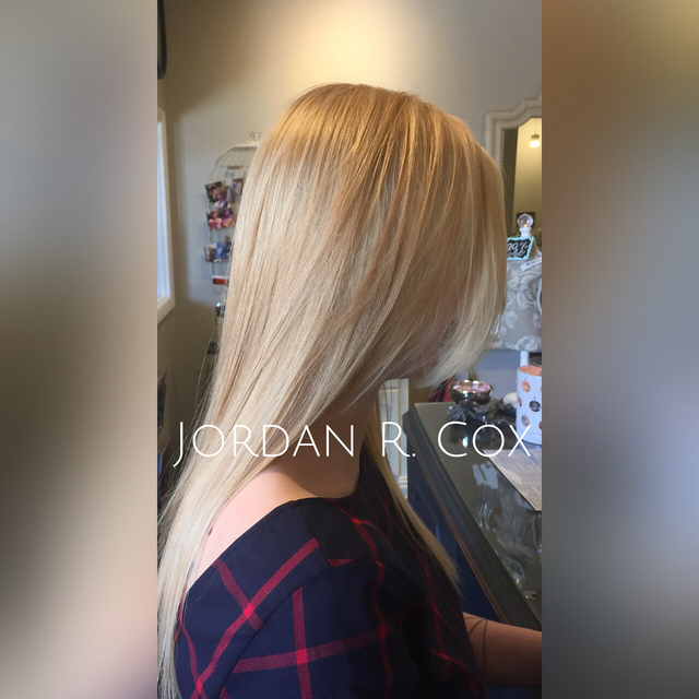 Cut and color. Base color using Schwarkopf color. And balayage highlights around the perimeter using Wella Freelights made for this dimensional, beautiful summer blonde. Cut is a long layerd(short to long/round) cut for movement and style.