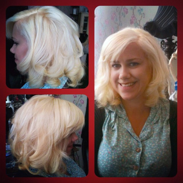 Blonde Bombshell Blowdry