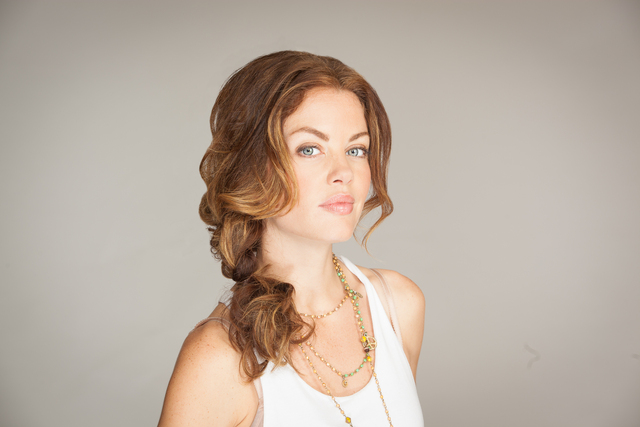 look 4-2 sassy side braid (cover)