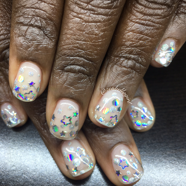 Encapsulated gel glitter nails