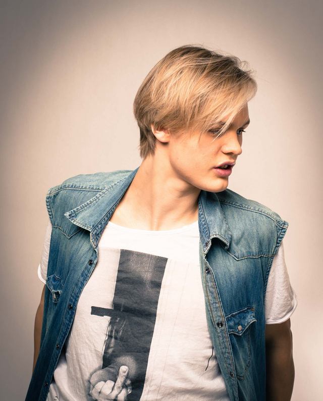 Men Model: Felix Schuster Hair & Photo: Linda Schuster  #swedishhair #etagekarlskrona