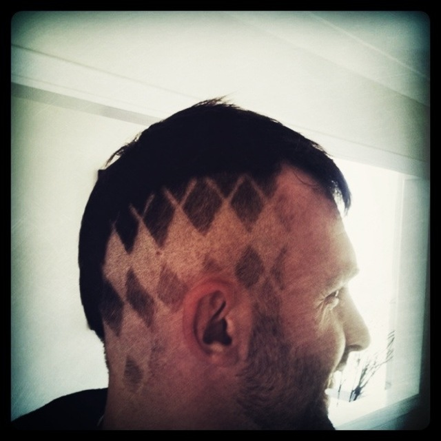 The Houndstooth Head