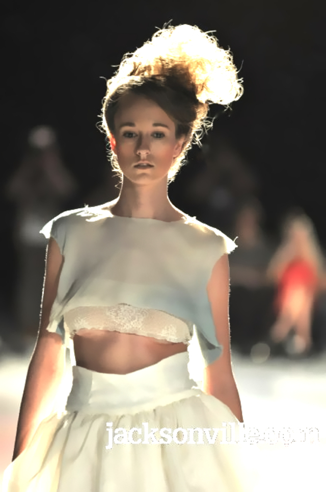 Textural for Mitra runway