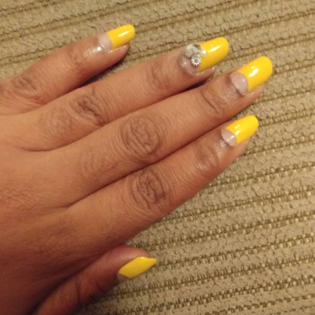 Mustard.Yellow.Nails.Jewel.Nov2017