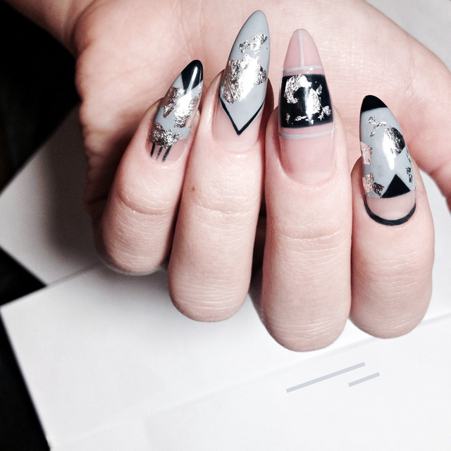 The Best Nail Art for Your Zodiac Sign , Nailstyle , House
