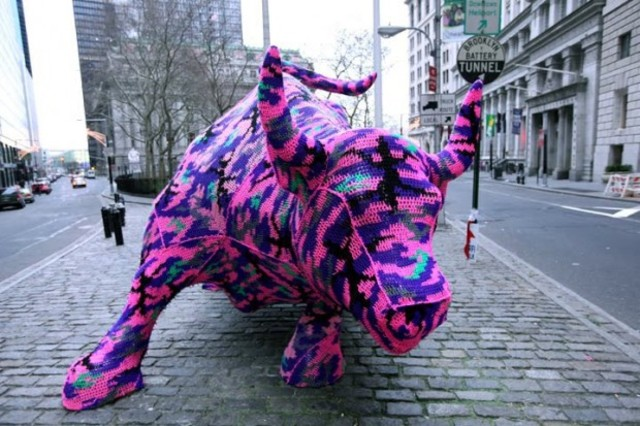 yarn-bombing-Agata-Oleksiak-620x413