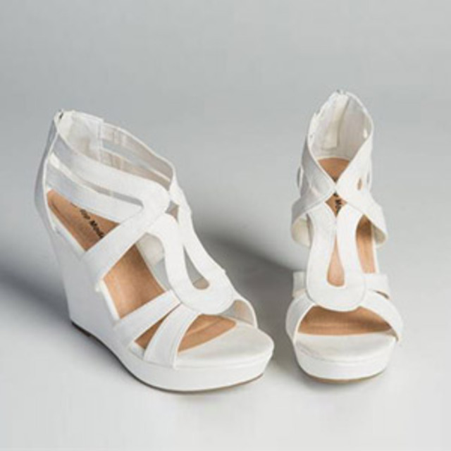 Discovery-Clothing-White-Strappy-Wedge