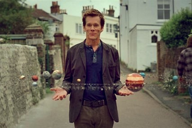 EE Kevin Bacon