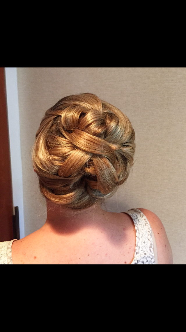 Bridal party hair