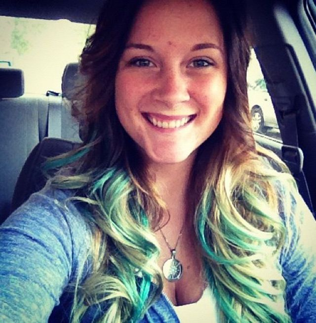 fresh teal curls