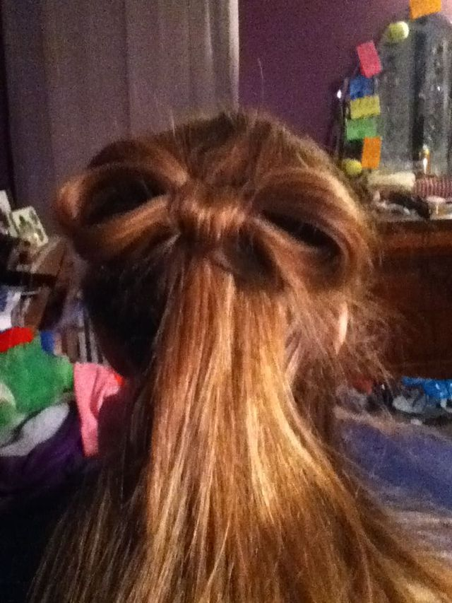 hair bow. half up half down
