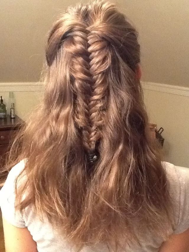 half fishtailed