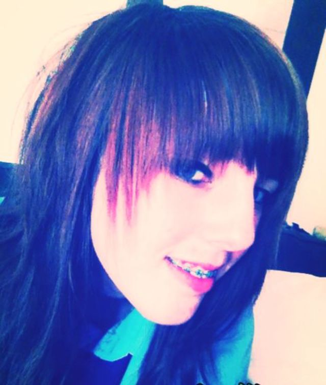 happy with my new hair, finally got the bangs I wanted:D