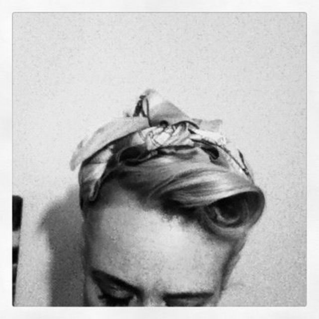 headscarf with roll