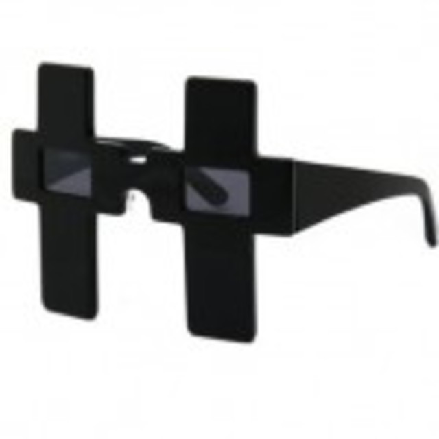 jeremy-scott-linda-farrow-spring-2011-sunglasses-cross-150x150