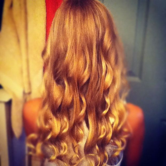 my cousins hair in curls