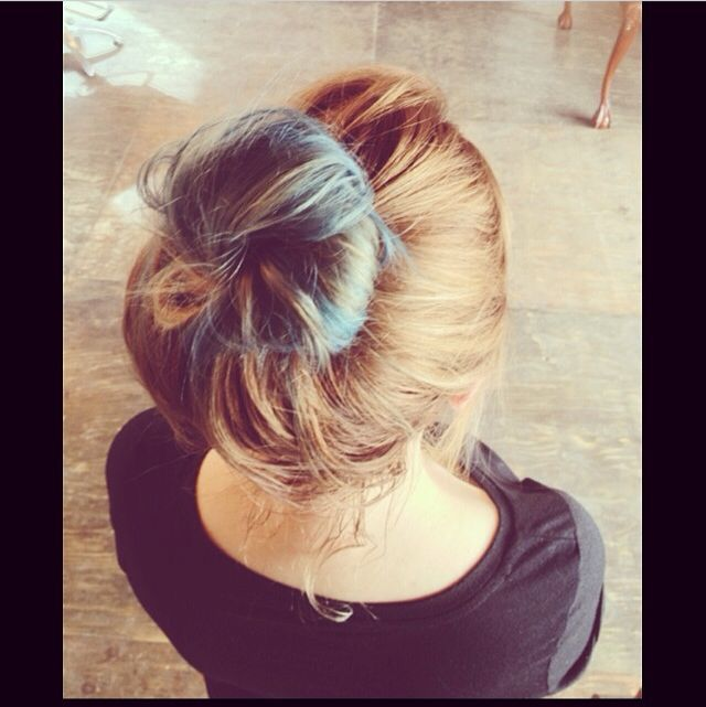 pale blue bun