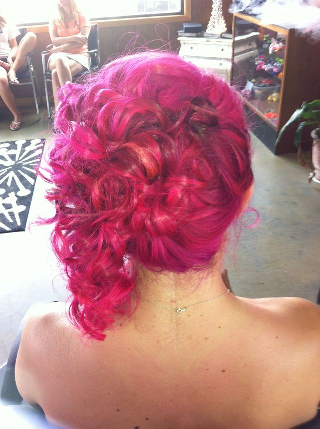 pink updo