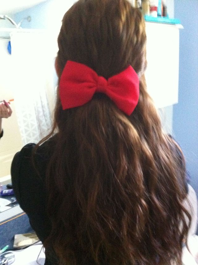 red bow, so cute