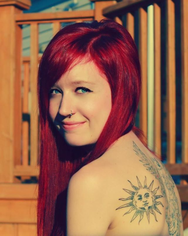red pop long hair