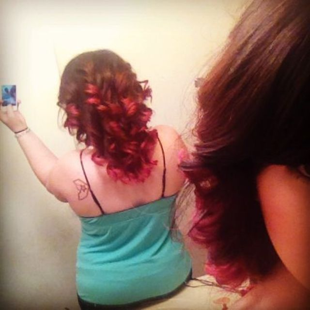 red/magenta ombre