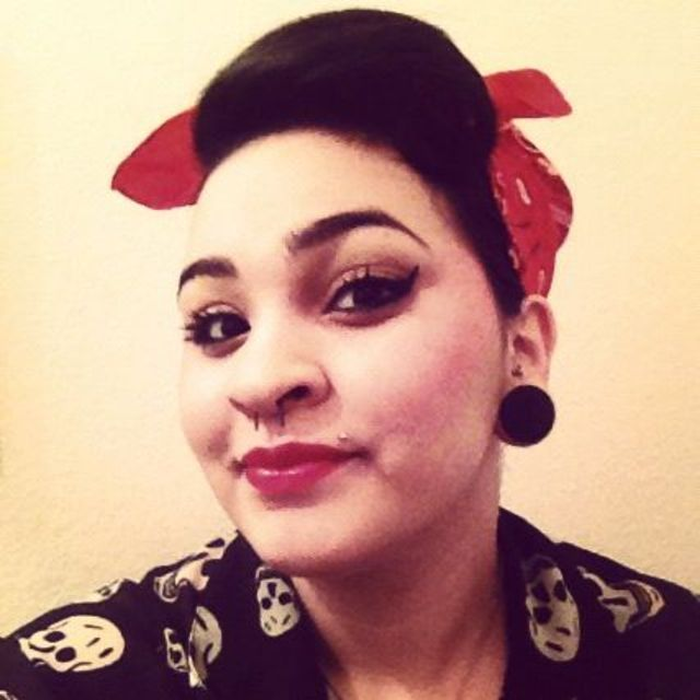 retro female pomp