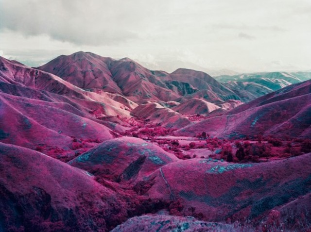richard-mosse-infra-series-3-600x448