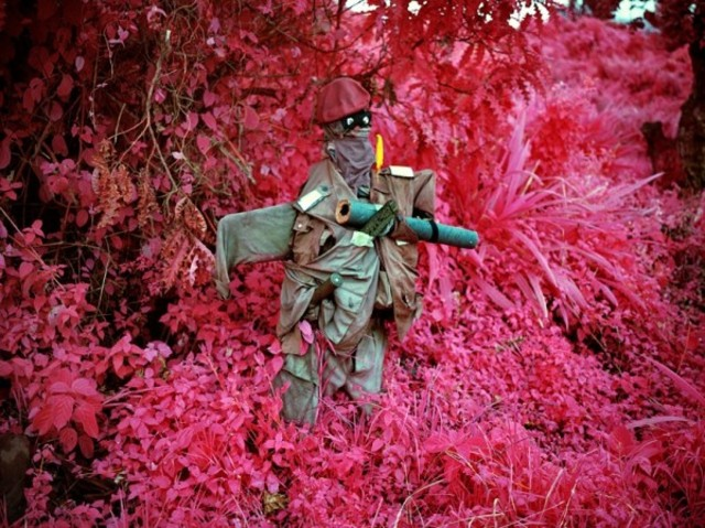 richard-mosse-infra-series-6-600x449