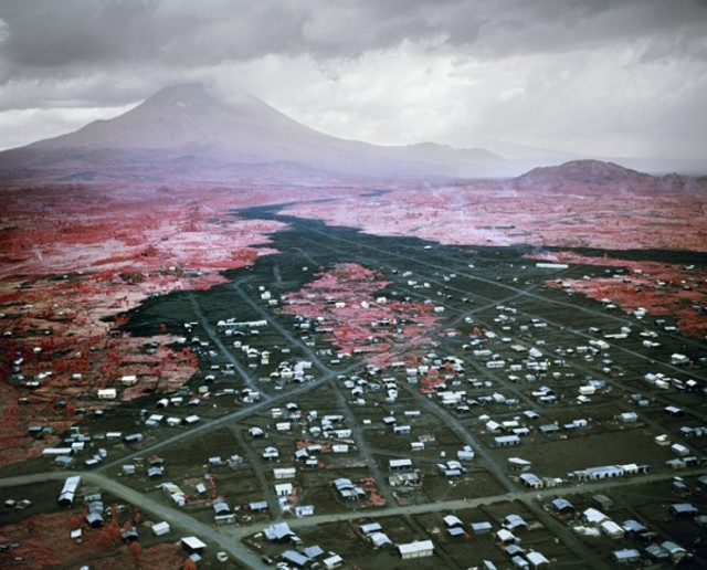 richard-mosse-infra-series-7-600x484