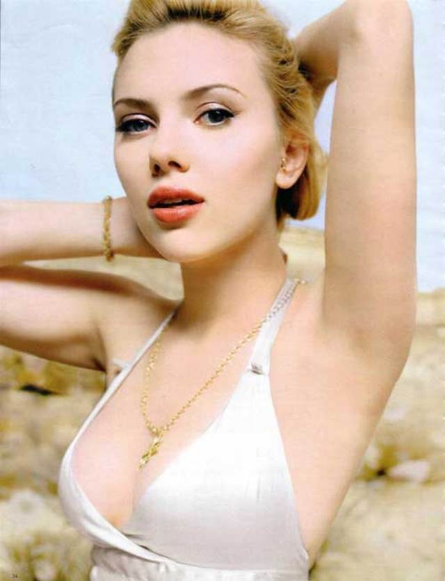 scarlett_johansson_necklace