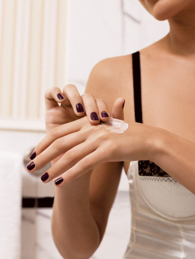 skin-resolutions-treat-nails