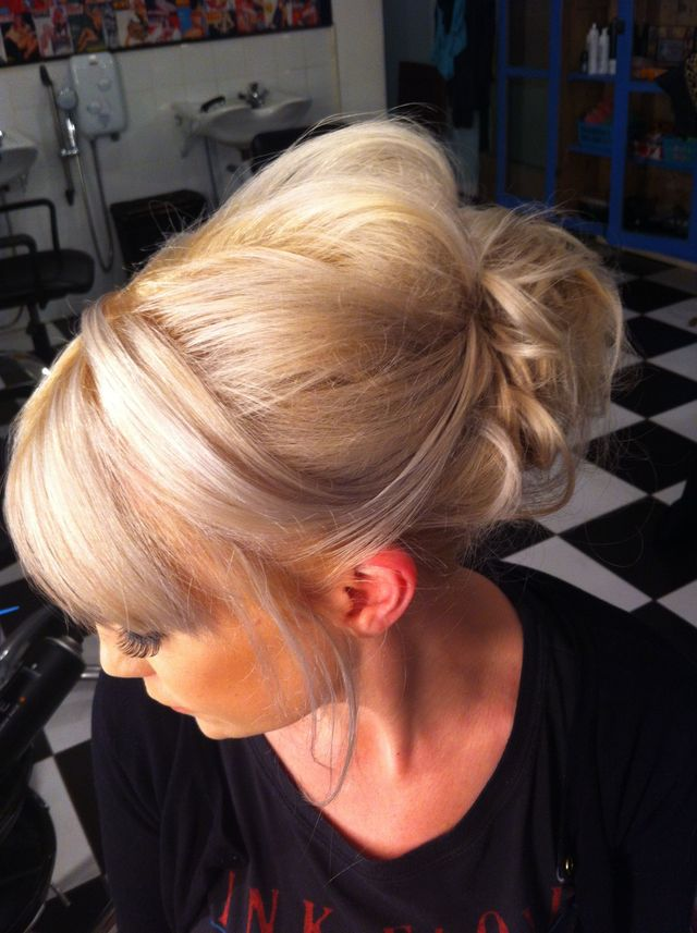 soft blonde up do
