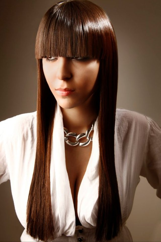 80's inspired straight fringe and length