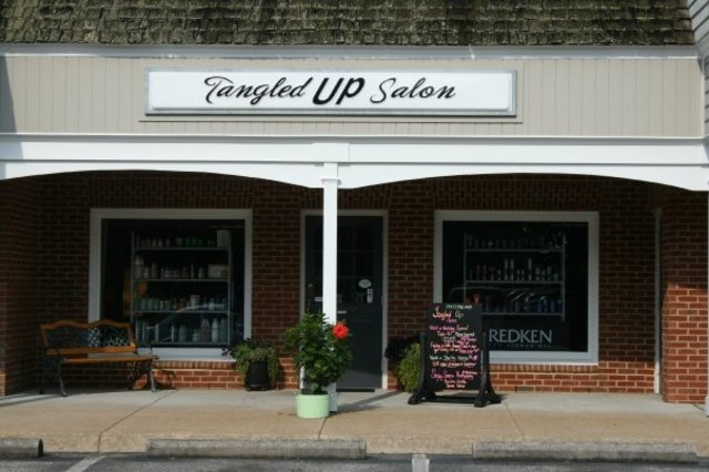 Tangled Up Salon Virginia Beach
