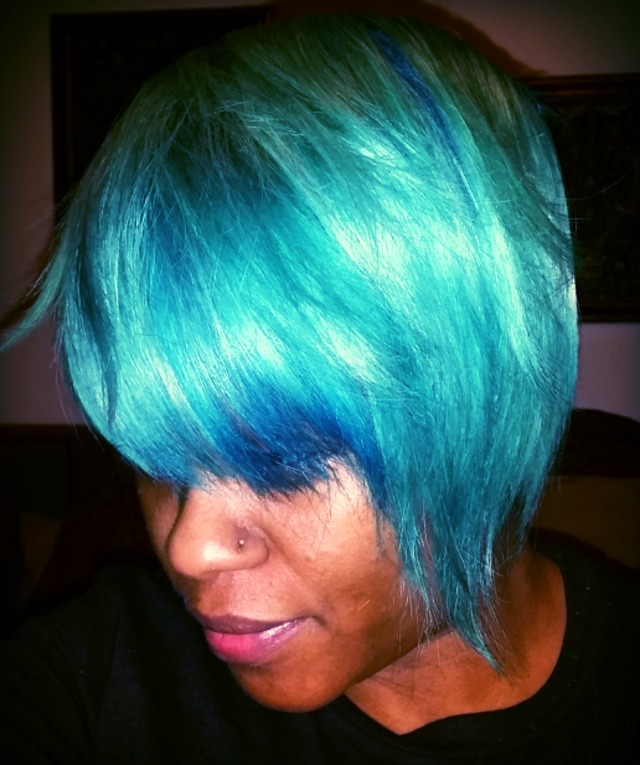 teal and green color side bob