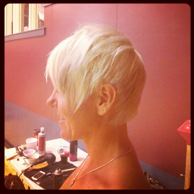 texturized short hair