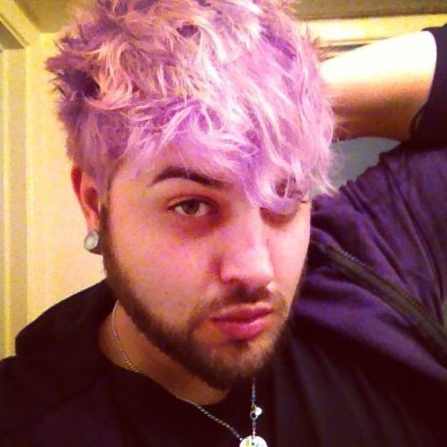 the lilac haired boy