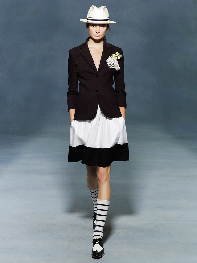 the-row-resort-2012-runway-13_155411867282