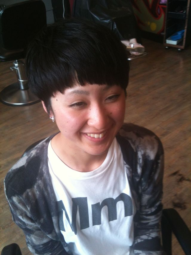 undercut textured bowl cut
