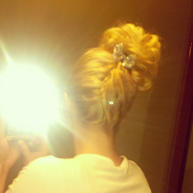 upside down Frenchbraid/messy bun