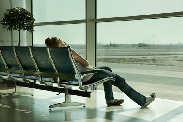 waiting-in-airport